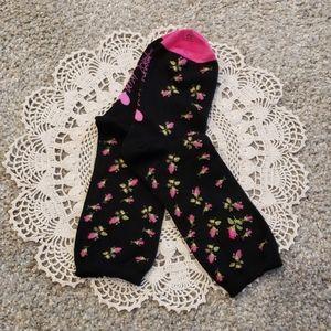 💗🌸 Betsey Johnson Rose Socks